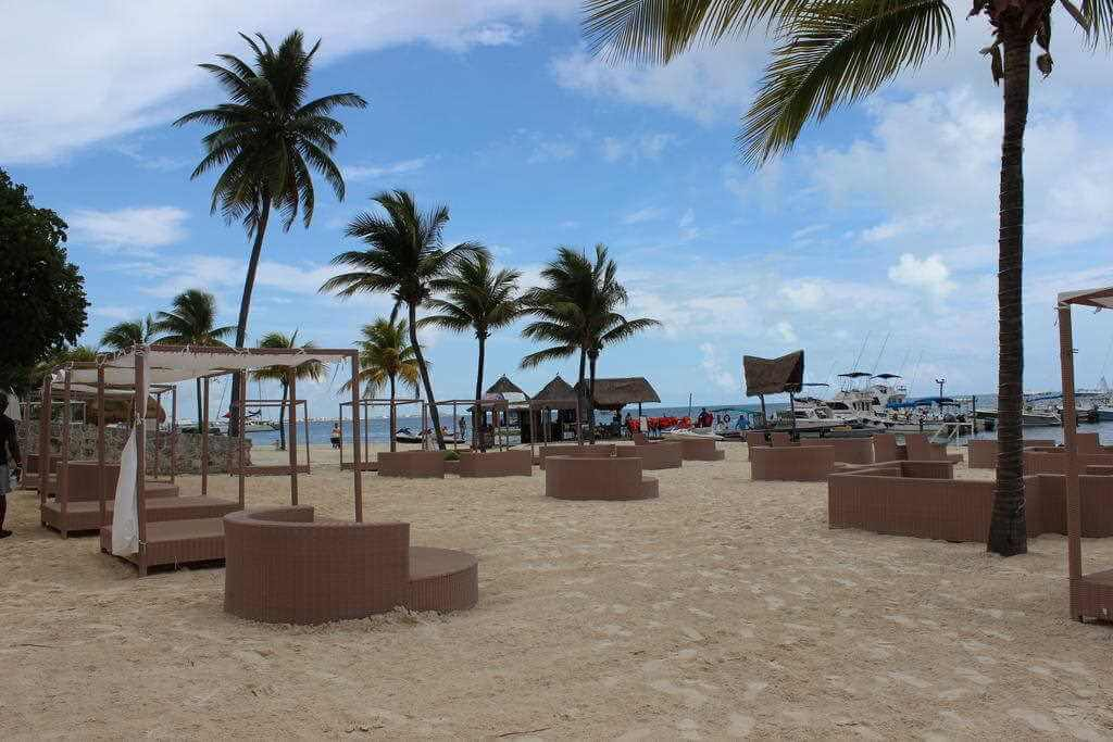 Ocean Spa Hotel, Cancun - by booking.com