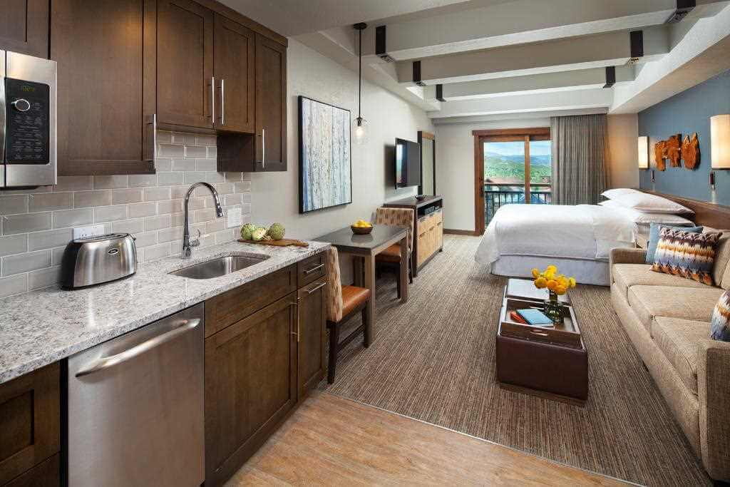 Sheraton, Steamboat Springs, Colorado - by Booking.com