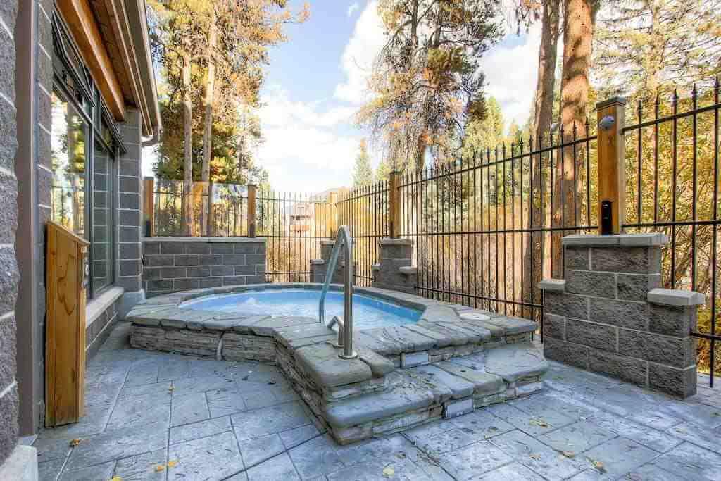 Trails End Condominiums, Breckenridge, Colorado, USA - by Booking.com