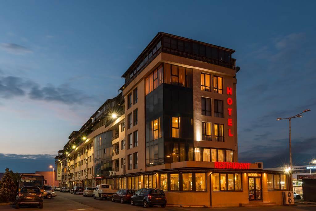 Avenue Hotel, Burgas - by Booking.com