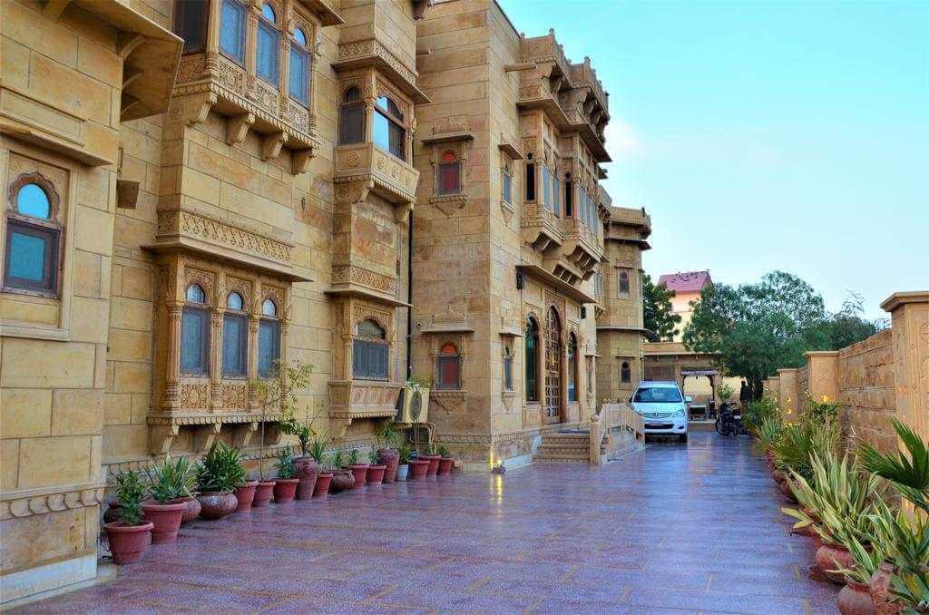 Hotel Gulaal, Jaisalmer - by Booking.com