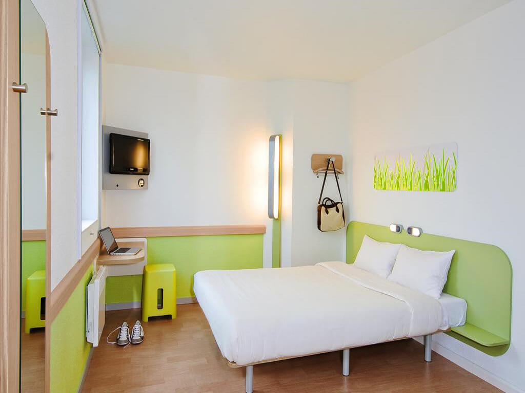 Ibis Budget Hotel, Annecy - by Booking.com