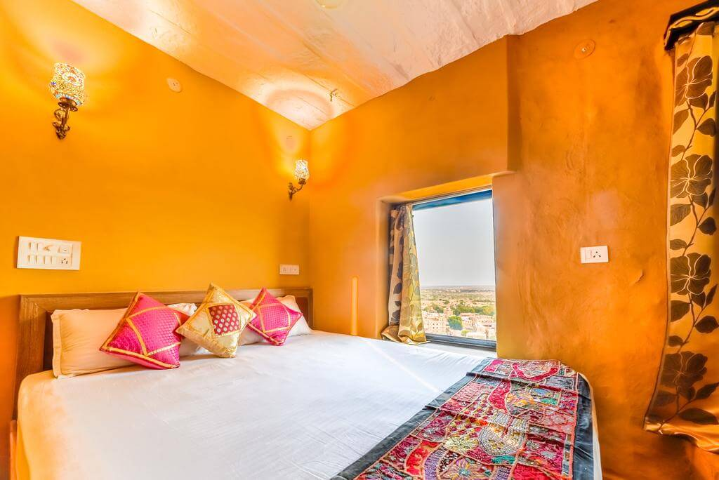 Mud Mirror Guesthouse, Jaisalmer - by Booking.com