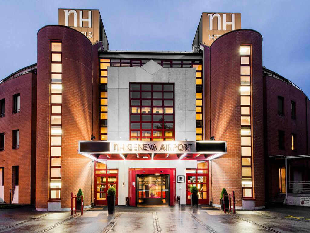 NH Airport Hotel Geneva - by Booking.com