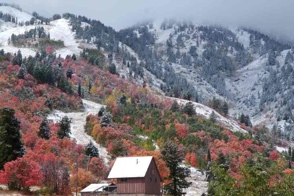 Snowbasin Ski Resort, Utah, USA - by DennyMont/Flickr.com