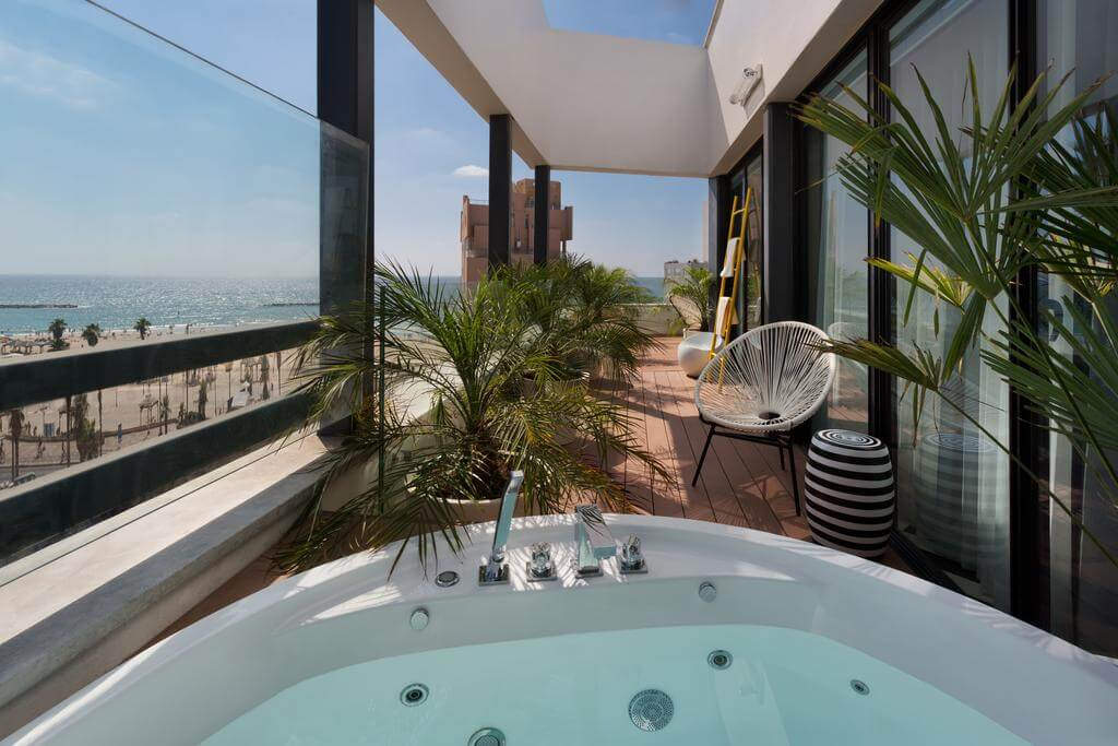 Beach House Tel-Aviv - by Booking.com