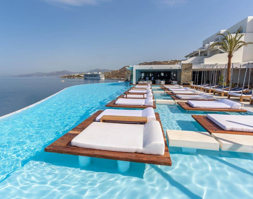 Cavo Tagoo Mykonos - by Booking.com