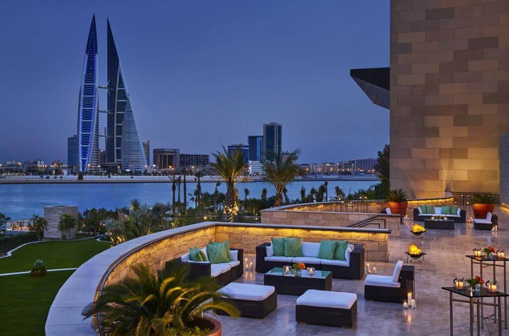 Four Seasons Hotel Bahrain Bay, Manama - by Booking.com