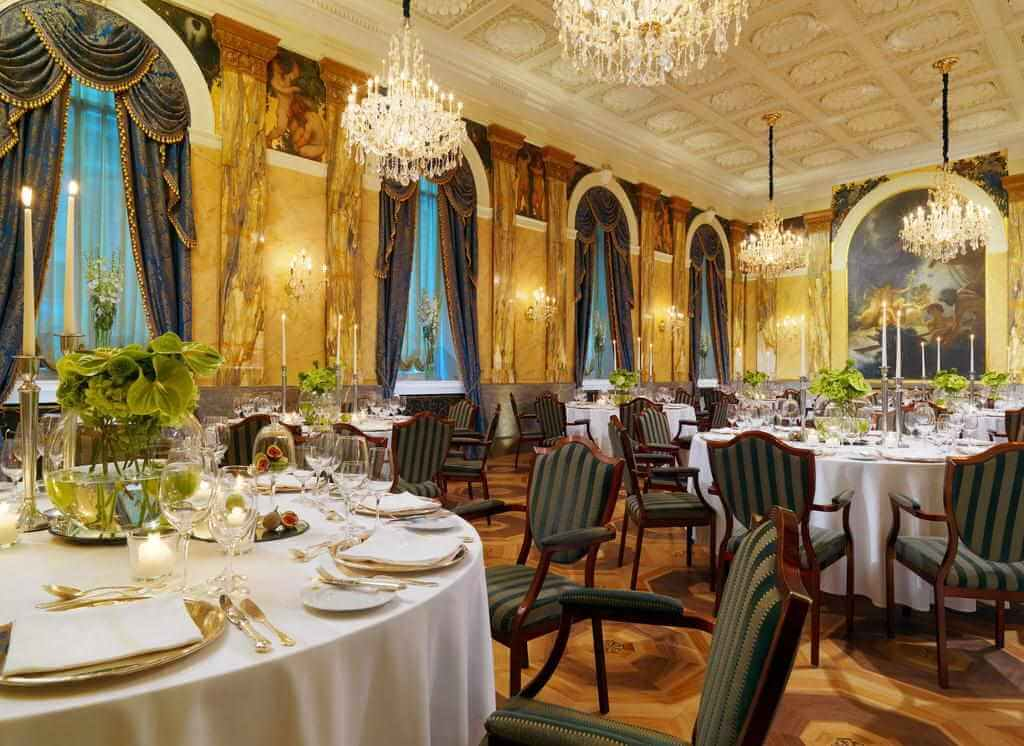 Hotel Imperial, Vienna - by Booking.com