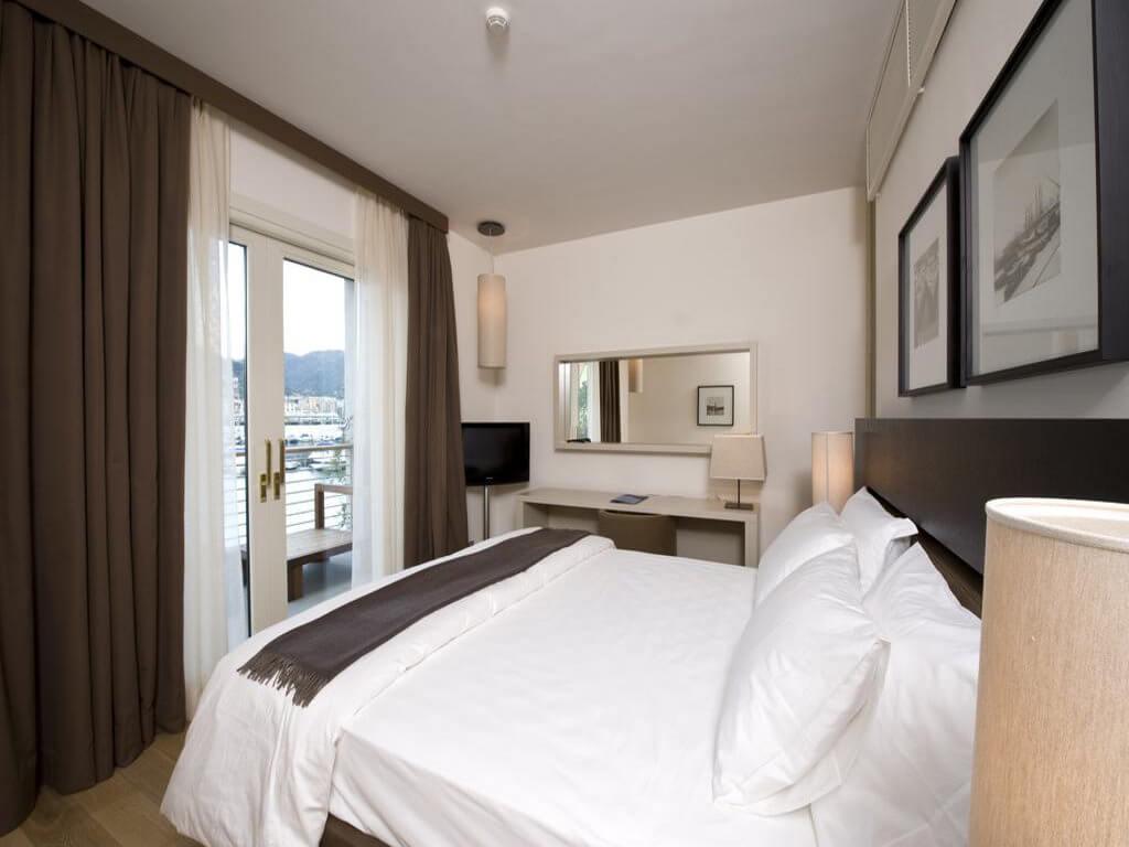 Marina Place Resort, Genoa - by Booking.com