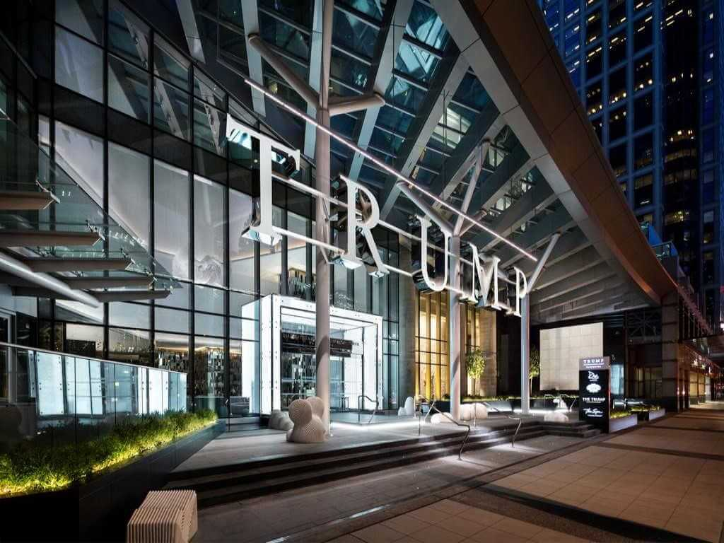 Trump International Hotel & Tower, Vancouver - Booking.com