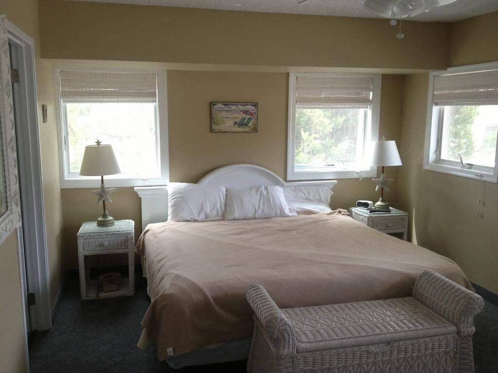 Biscayne Suites - by Booking