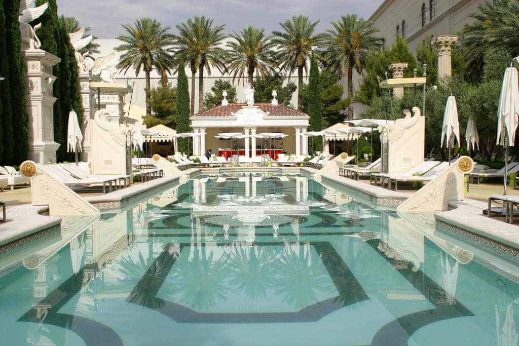 Caesars Palace Hotel & Casino, Las Vegas - by Booking