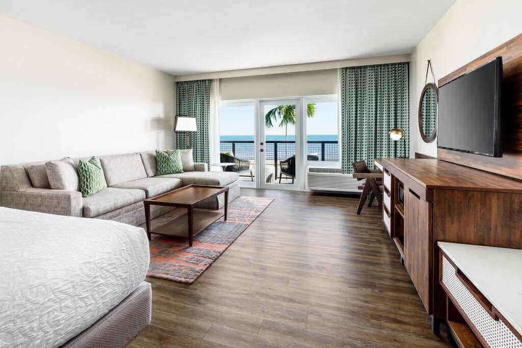 Hampton Inn Key West FL - by Booking