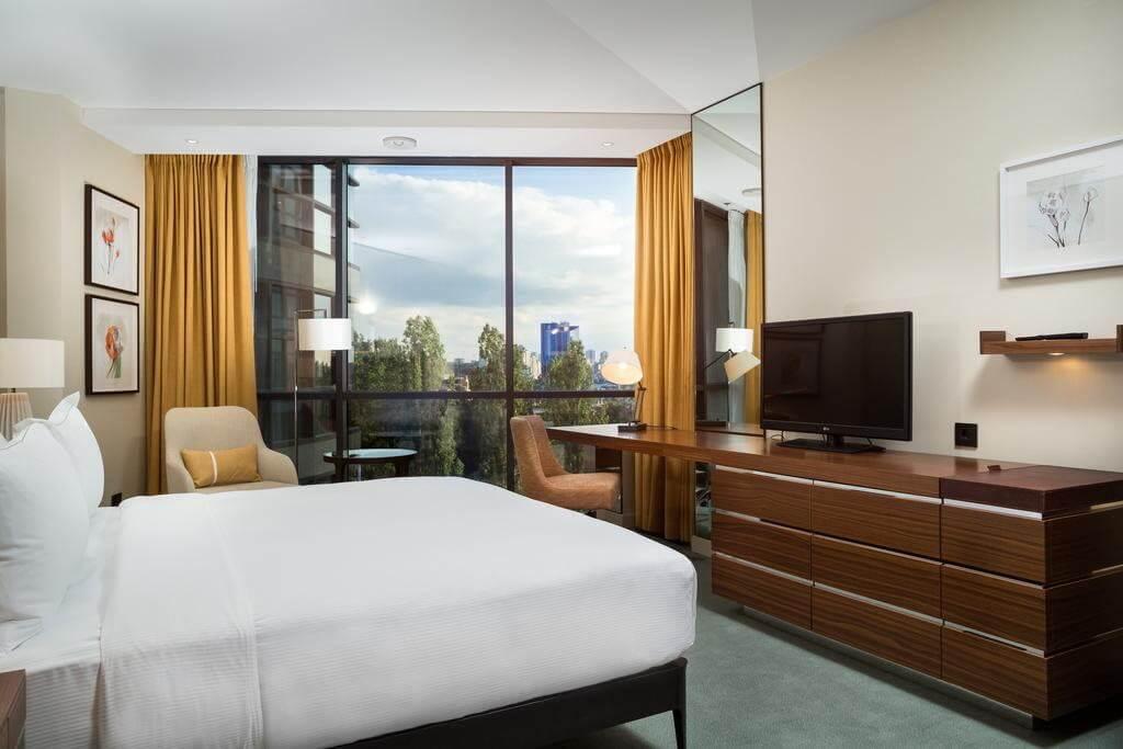 Hilton Kyiv - by Booking