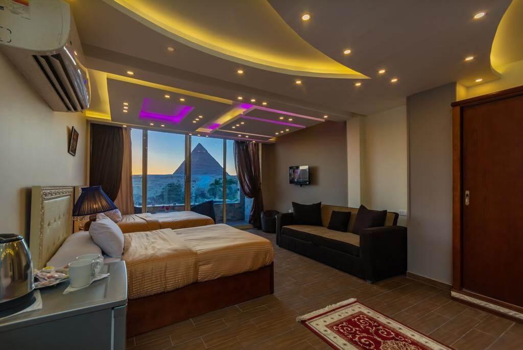 Panorama Pyramids Inn - by Booking