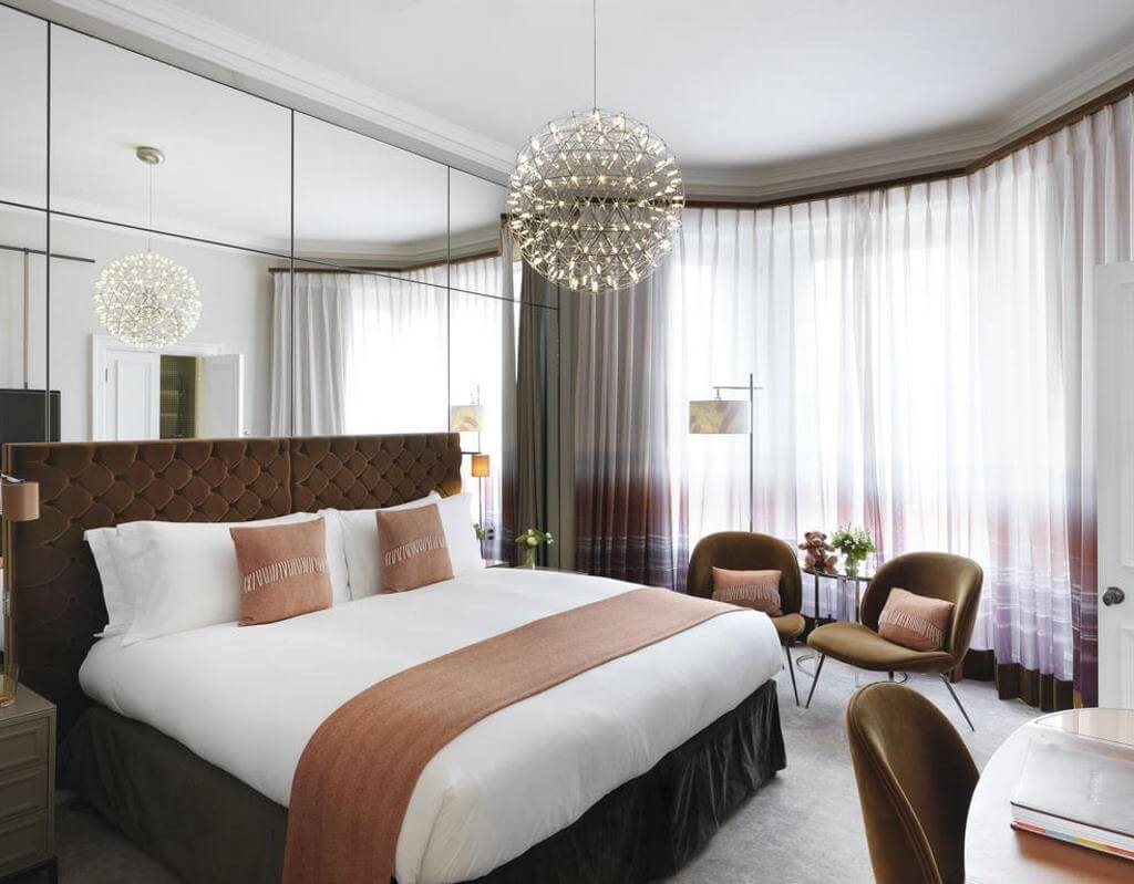 The Athenaeum Hotel & Residences - by Booking