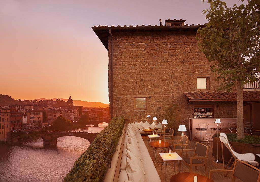 Continentale, Florence - by Booking