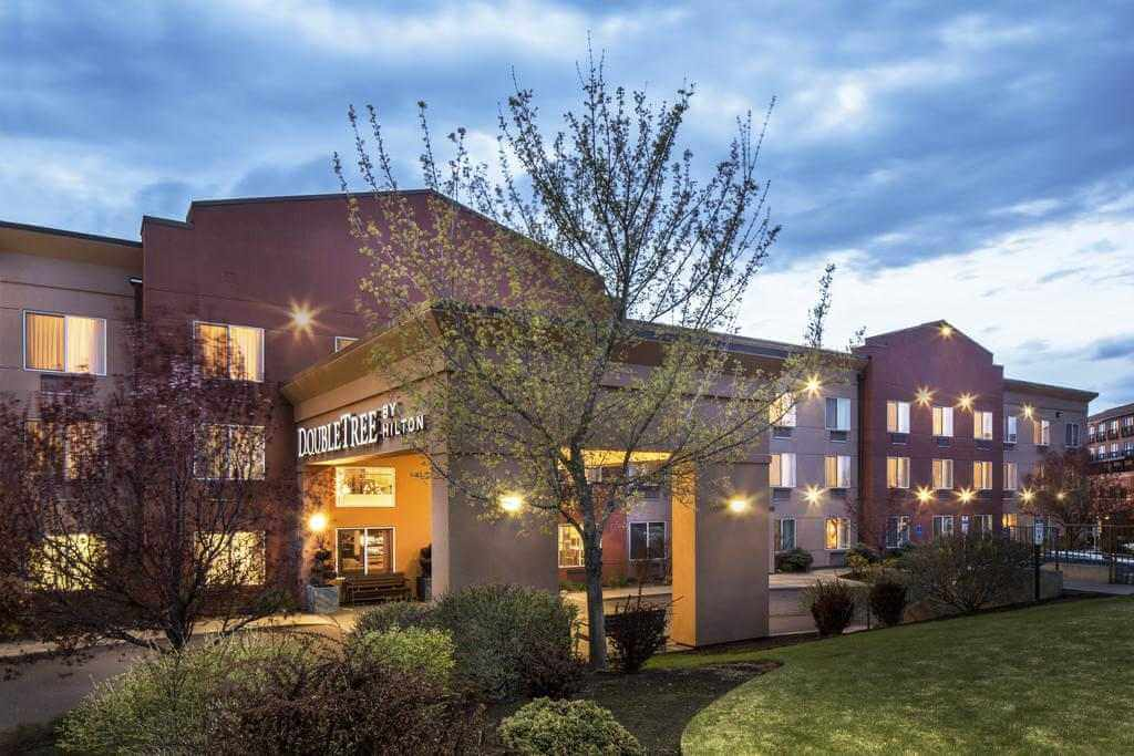 DoubleTree by Hilton Hotel Bend - by Booking