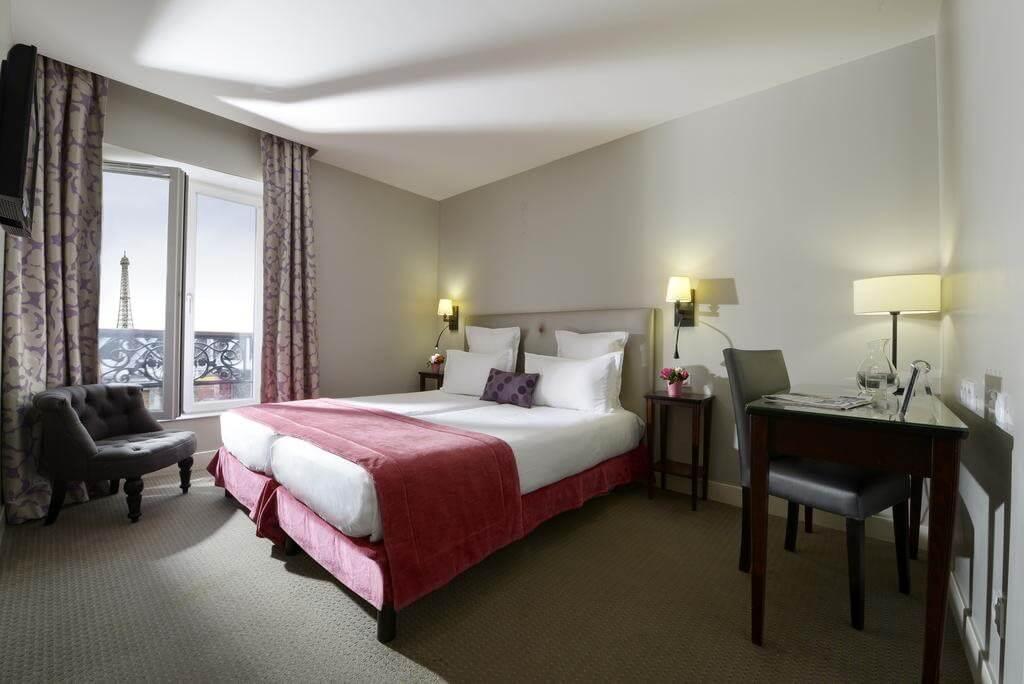 Hôtel Le Relais Saint Charles - by Booking