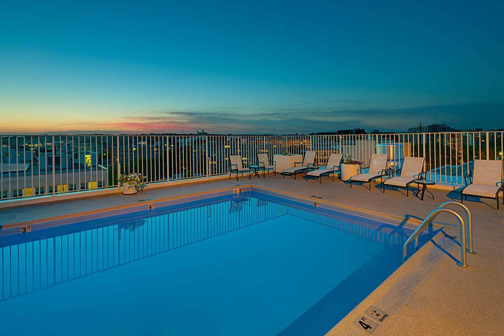 Residence Inn by Marriott Washington - by Booking