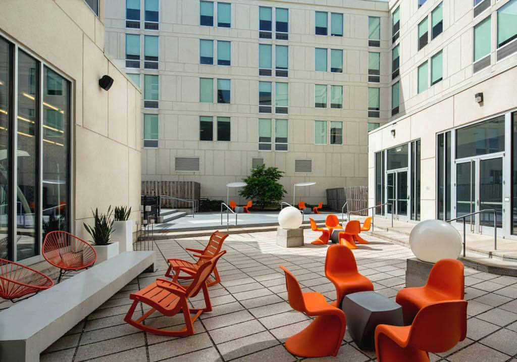 Aloft Hotel Milwaukee Downtown - by Booking