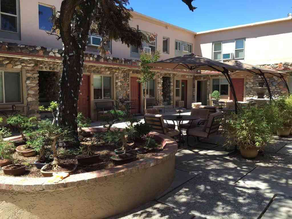 Iron Horse Inn Cottonwood, Jerome, Arizona - by Booking