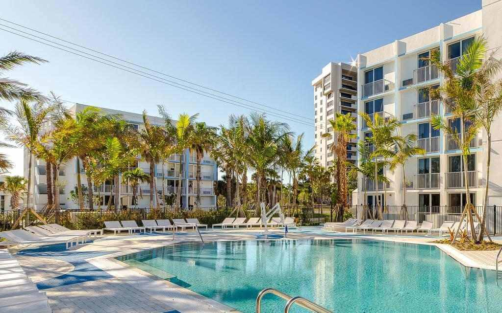 Plunge Beach Resort, Fort Lauderdale - by Booking