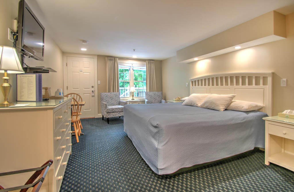 Studio East Motel - by Booking