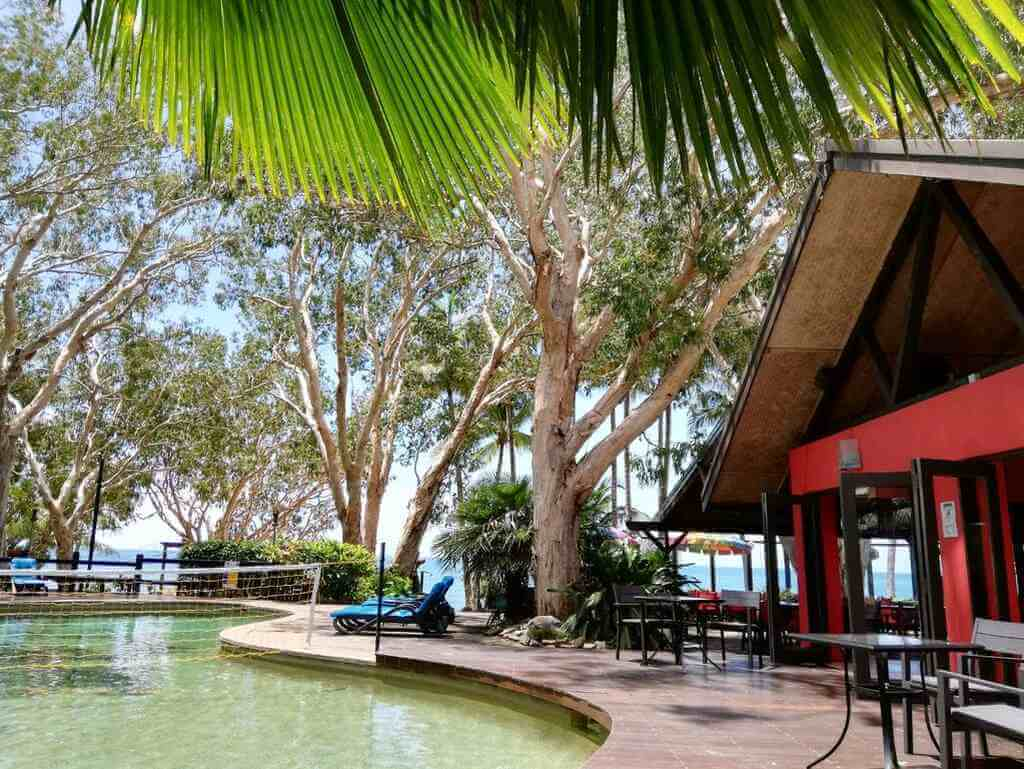 Turtle Cove Beach Resort, Cairns - by Booking