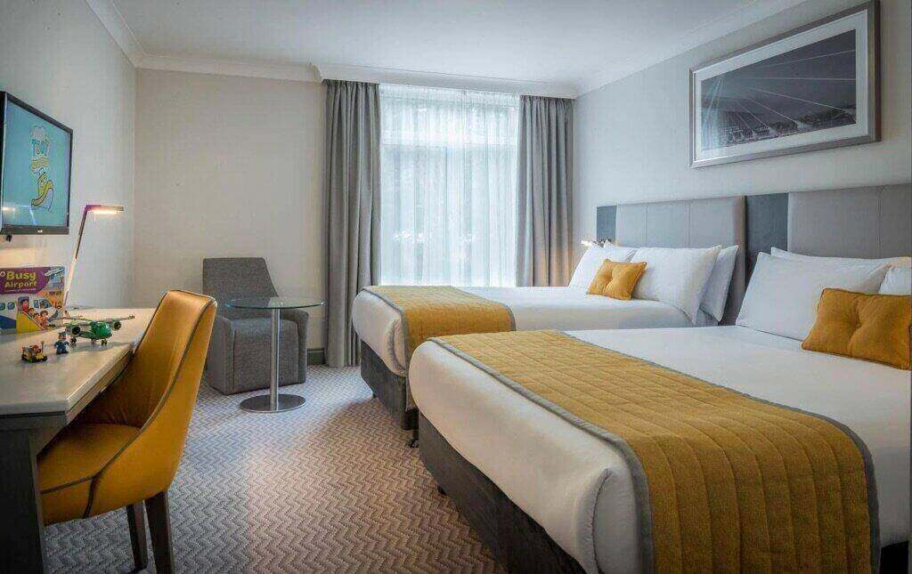 Maldron Hotel Dublin Airport - by Booking