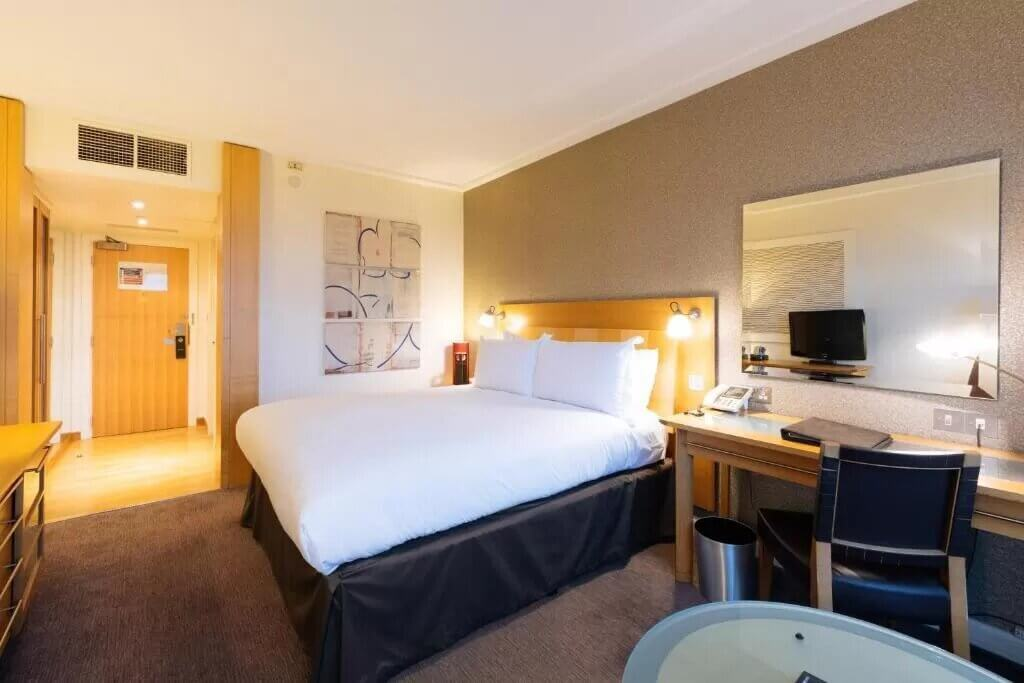 Sofitel London Gatwick - by Booking