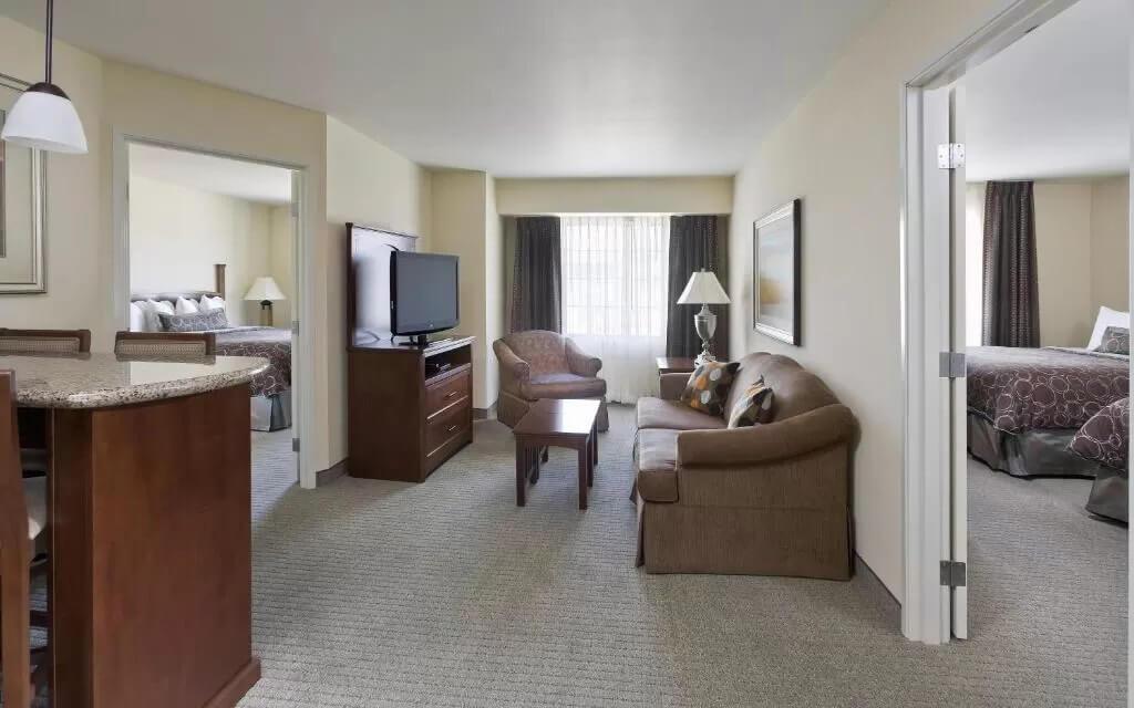 Staybridge Suites El Paso Airport - by Booking