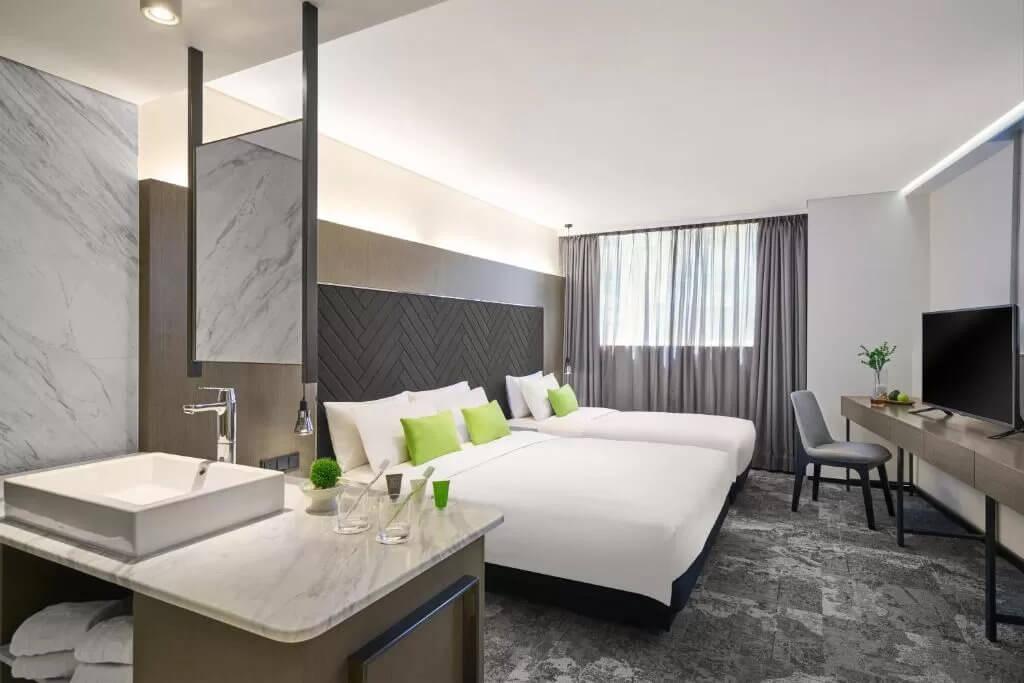 Hotel Ease Tsuen Wan - by Booking