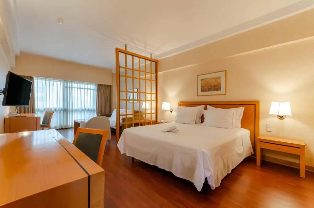 Hotel Roma - by Booking