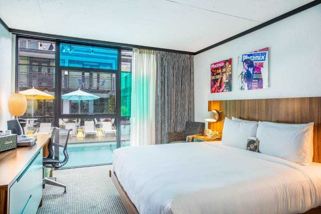 The Verb Hotel, Boston - by Booking
