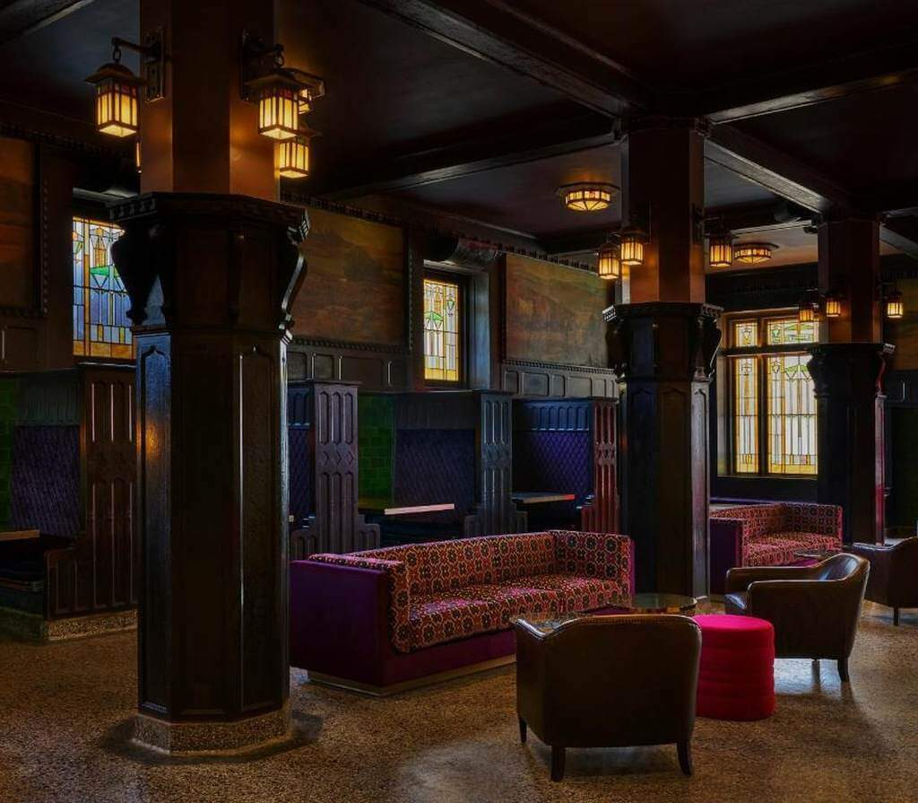 21c Museum Hotel Kansas City - by Booking