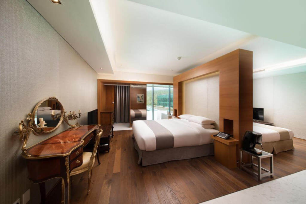WE Hotel Jeju - by Booking