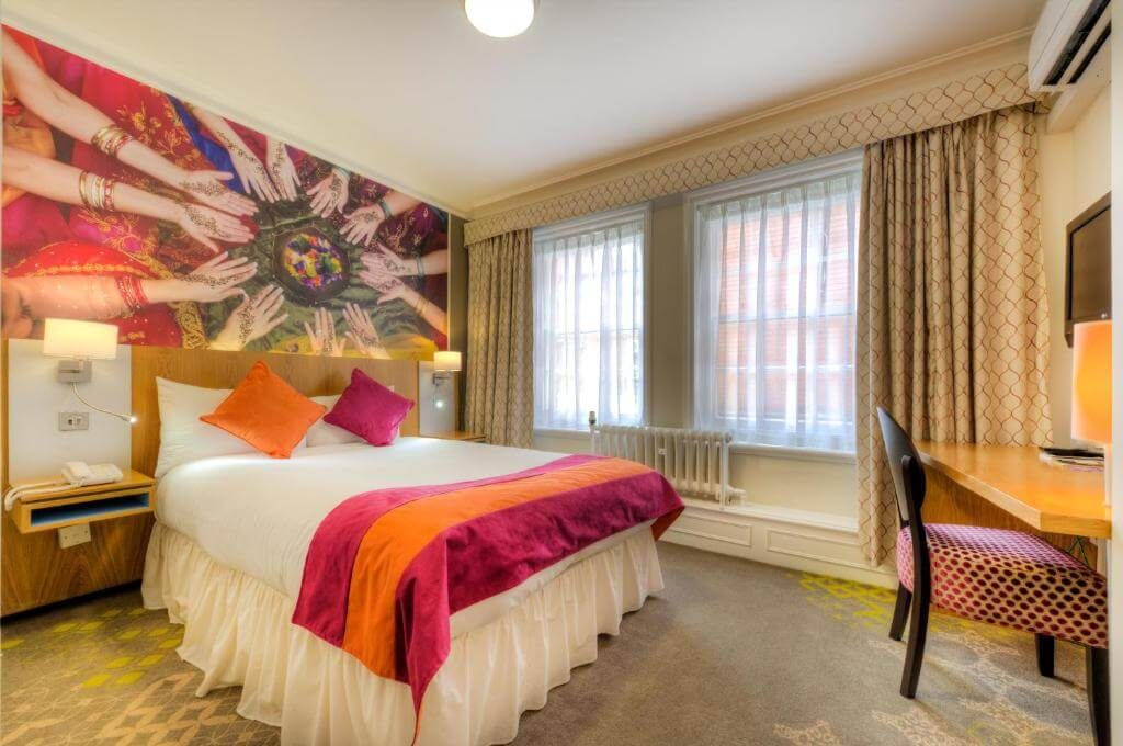 ibis Styles Reading Centre - by Booking