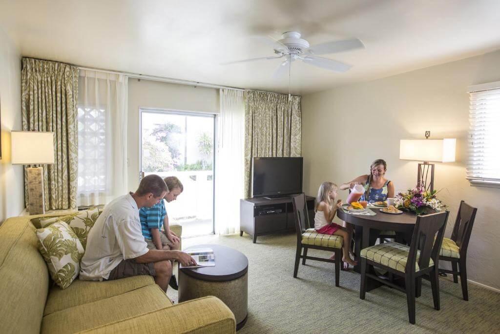 Plantation Hale Suites - by Booking
